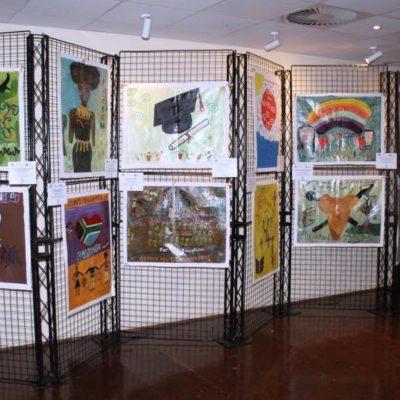 Sondela exhibition in gallery (1)
